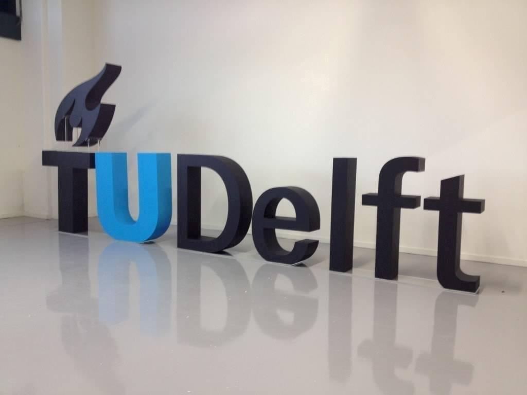 Piepschuim letters TU Delft