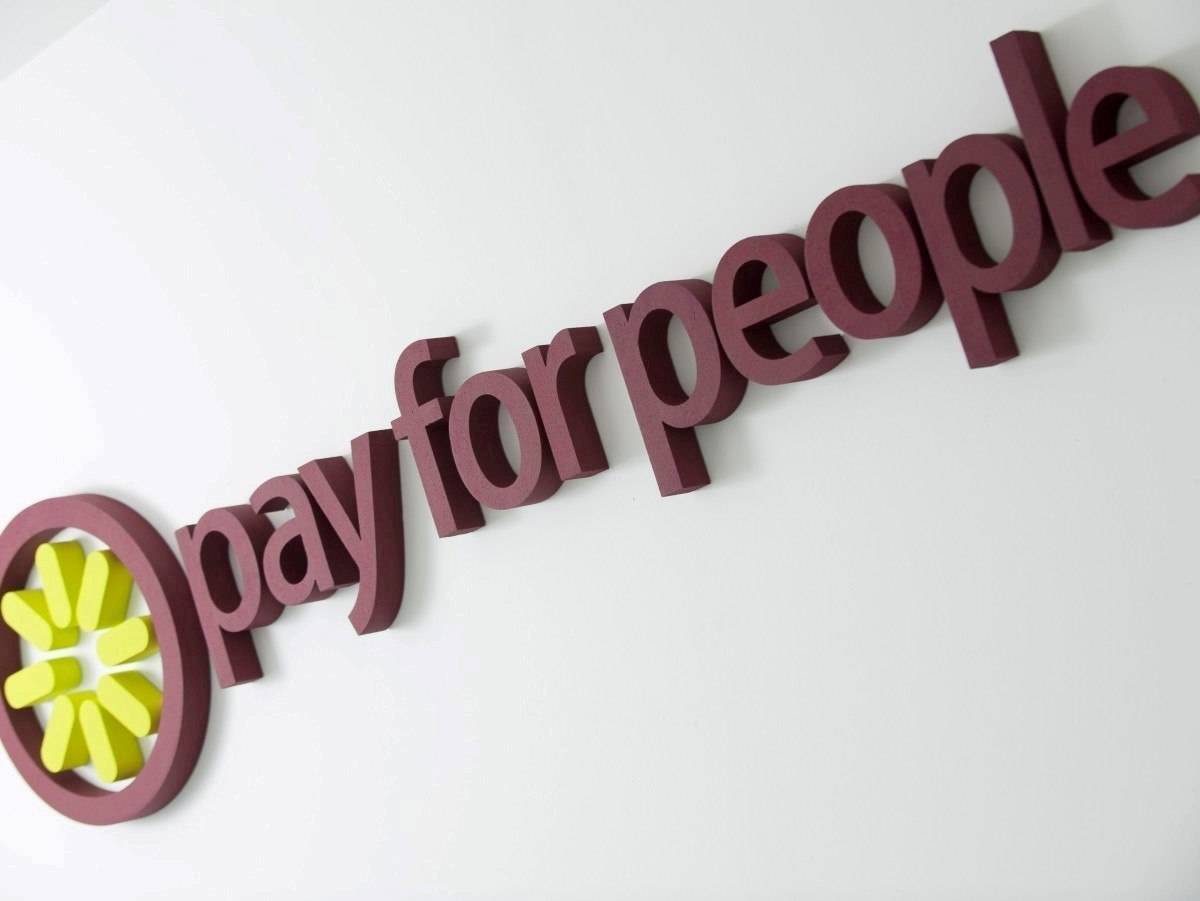Piepschuim logo Pay For People