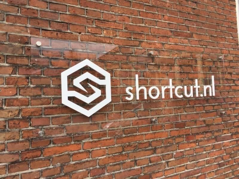 Gevelreclame Shortcut