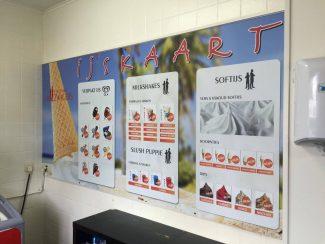 Reclamebord ijskaart Cafetaria De Zwagers
