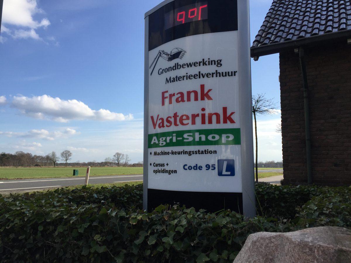 Stickers reclamezuil Frank Vasterink