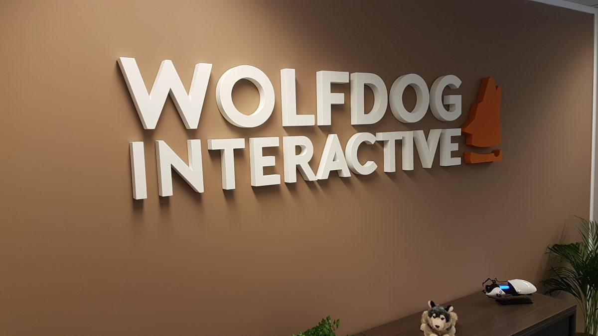 Piepschuim logo Wolfdog