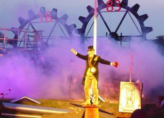 Theaterstukken STORK | Van Loon Reclame en Piepschuim